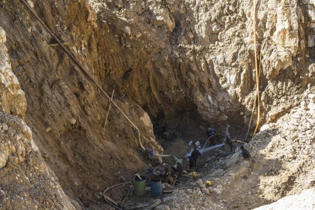 mỏ ruby ở Myanmar