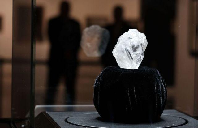 1109-carat-round-diamond