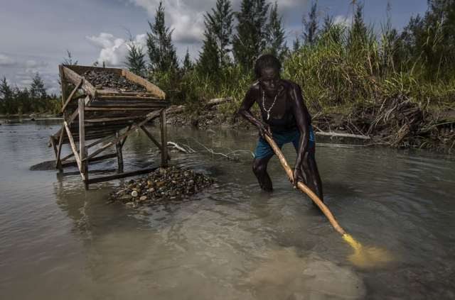 indonesian-illegal-gold-mining-3