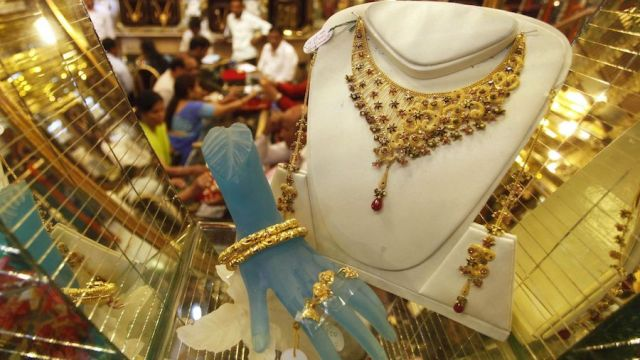 People buying gold jewelry ahead of Diwali festival